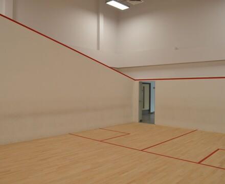 10 squash court